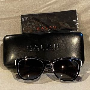 EUC Ralph Lauren sunglasses